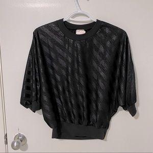 Vintage 1/2 sleeve batwing crew neck blouse